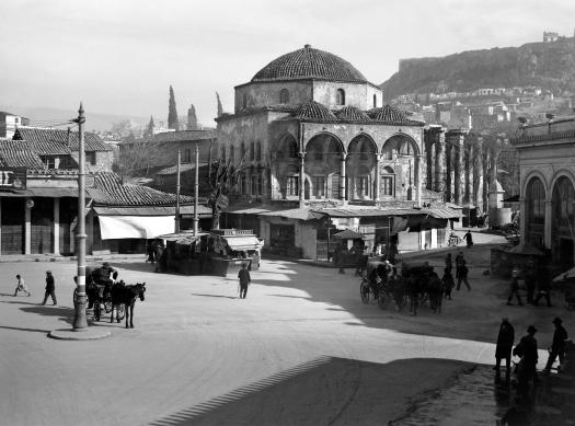 Nelly_s, Το Τζαμί του Τζισδαράκη στο Μοναστηράκι, 1927-29