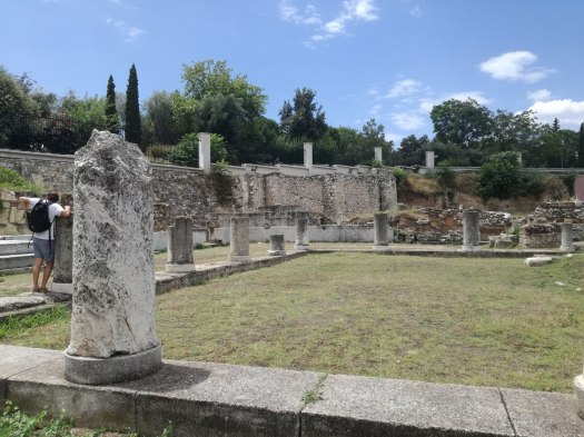 Το Πομπείο, μεταξύ Ιεράς Πύλης και Διπύλου